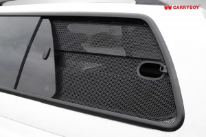SideWindow-Mesh-Screen-holden