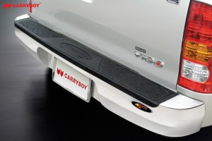 toyota-hilux_cb-720rear-guard1